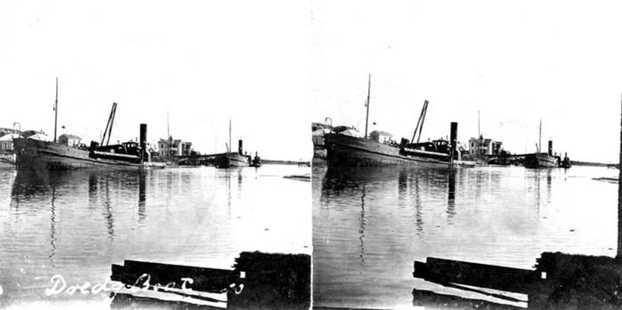 G-59263FF2-10 Dredge Boat