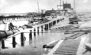 G-17713FF3.3-5 Greater Galveston Causeway Where Arch Section and Protected Roadway were broken Of