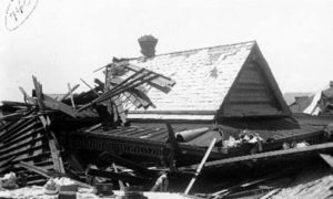 G-1771FF7.3-2 Roof of wrecked house