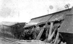 G-1771FF9.1-8 15 & Wharf.  Wrecked cars of wheat