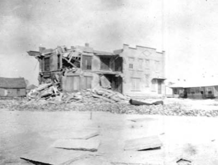 G-17713FF9.2-6 Demolished apartment building on Seawall Boulevard