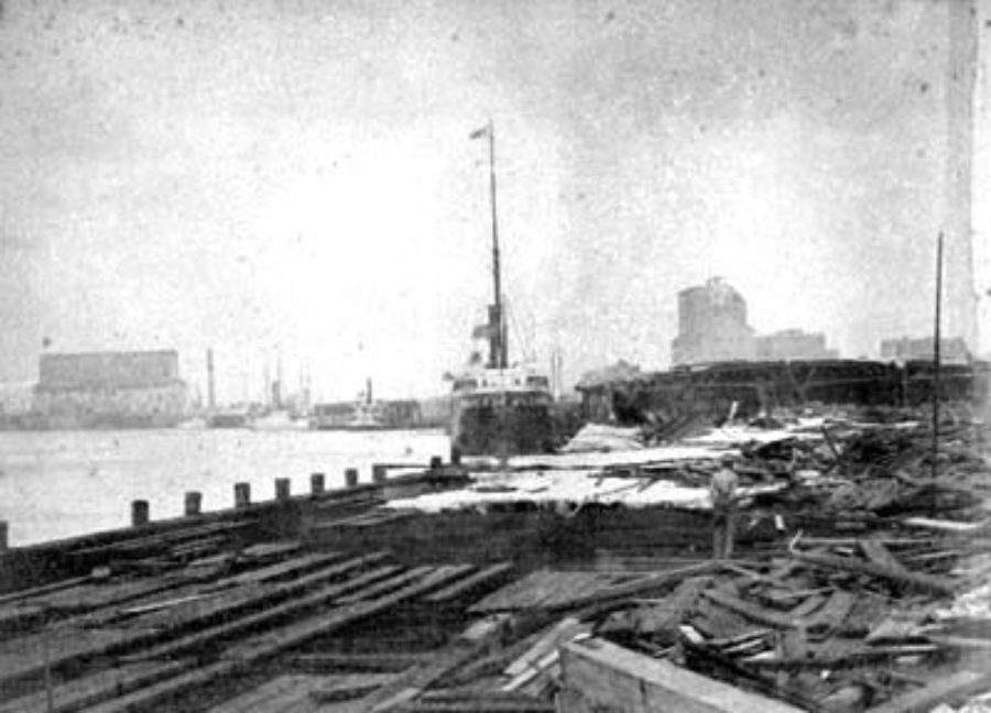G-1771FF2.1-15 Wreck on wharf
