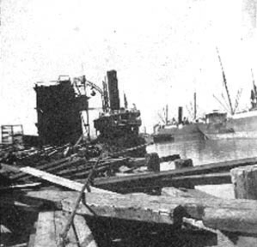 G-1771FF2.3-5 Wharf and steamships