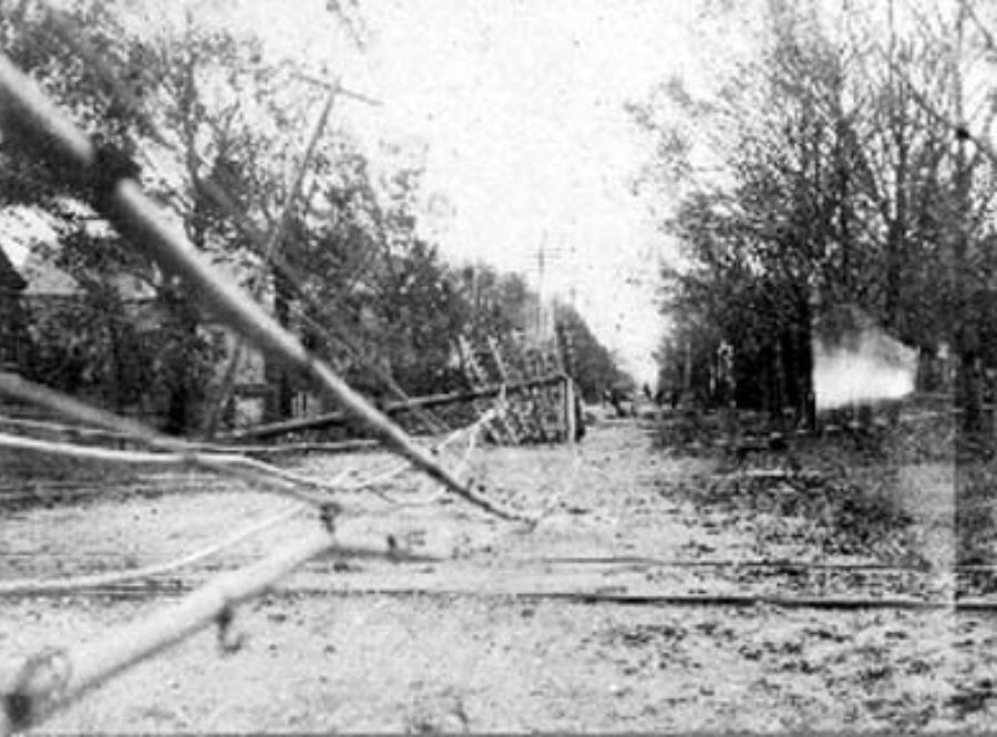 G-1771FF7.6-4 Utility poles fallen over into street