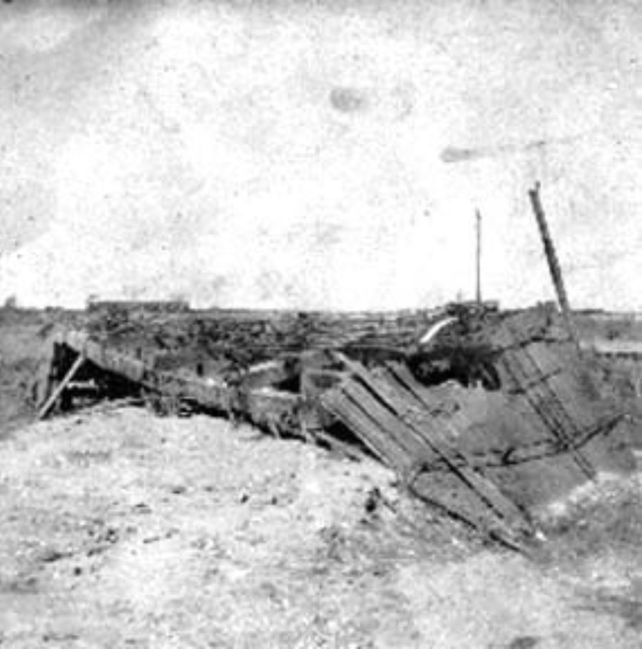 G-1771FF9.2-3 Wrecked freight car