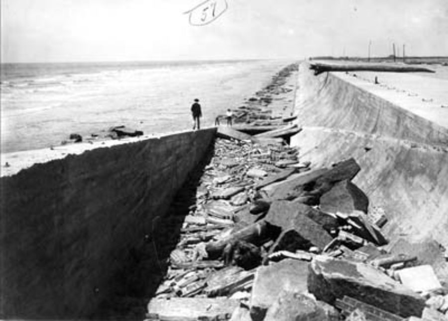 G-5925.3FF7-11 Seawall after 1910 storm in gulf