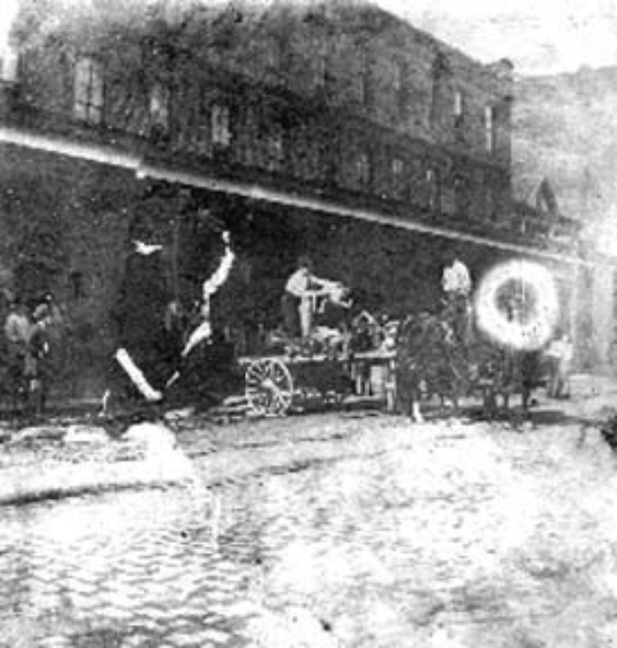 SC#204-7 A scene at Levy's undertaking establishment at 2220 Postoffice St.