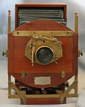 1886 Novelette Triplex Camera