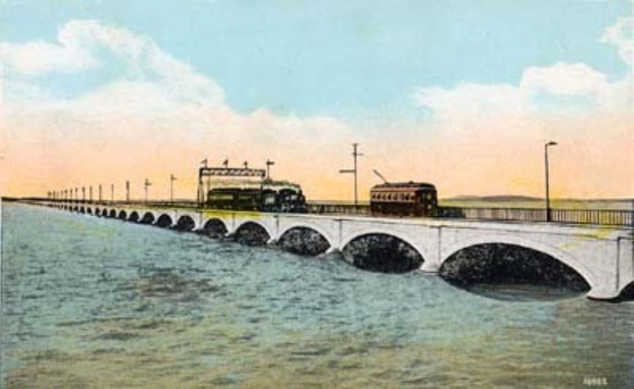 G-18221FF4.1-7 Galveston's Great Causeway, 3 Miles Long, Cost over $3,000,000, Galveston, Tex.